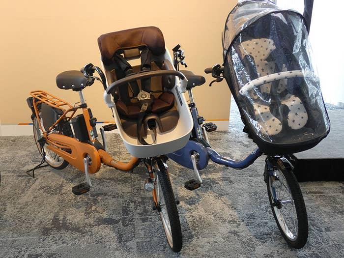 パナソニック サイクルテックとコンビが共同開発した子育てモデルの電動アシスト自転車「ギュット・クルーム」が12月3日に発売されます。ベビー用品を扱うコンビのノウハウがギュッと詰まった、これまでとは全く違うモデルに仕上がっています!