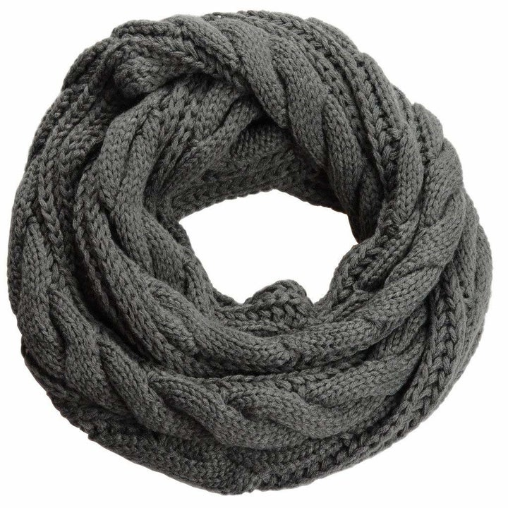 the scarf in gray