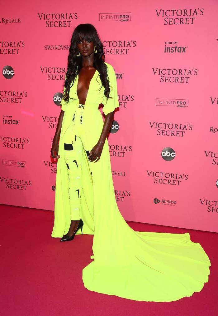 2018 Victoria S Secret Fashion Show Red Carpet Looks