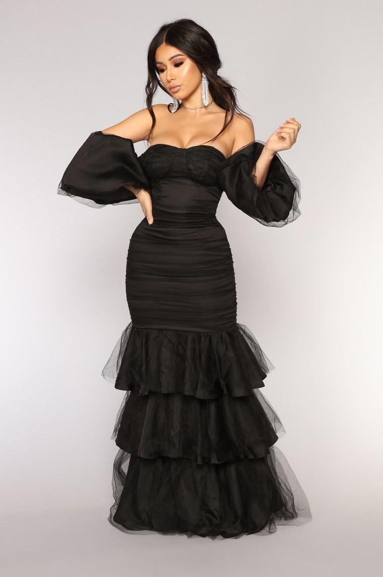 this is what fashion nova's formalwear looks like