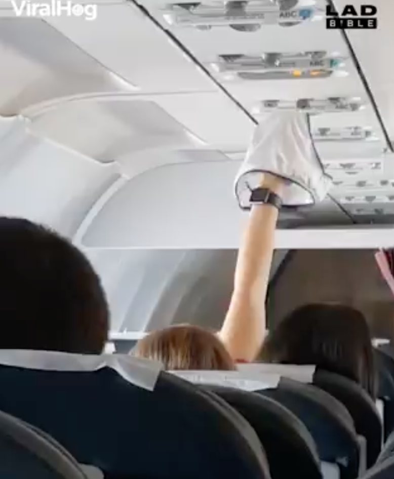 A Woman Dried Her Underwear Using An Airplane Vent, And This Is Why We Can't Have Nice Things