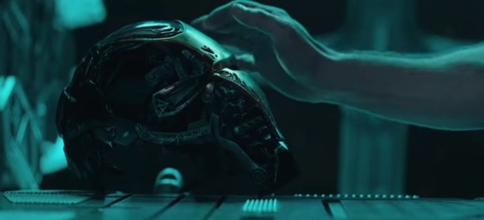 I mean, since The Avengers Tony has been terrified of space. So, naturally, what does Marvel do? THEY PUT HIM IN SPACE WITH NO FOOD, WATER OR OXYGEN! Hasn't he been through enough? And poor Pepper. She, if she's still alive, has no idea whether he's alive! It's all too much and that was only the 56 seconds!