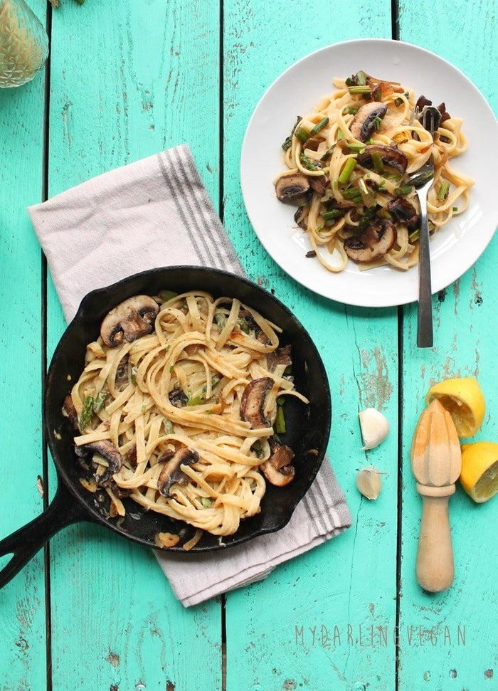 Who says a quick weeknight dinner can't be decadent? This fettuccine with cauliflower Alfredo sauce comes together in just 30 minutes. Get the recipe here.