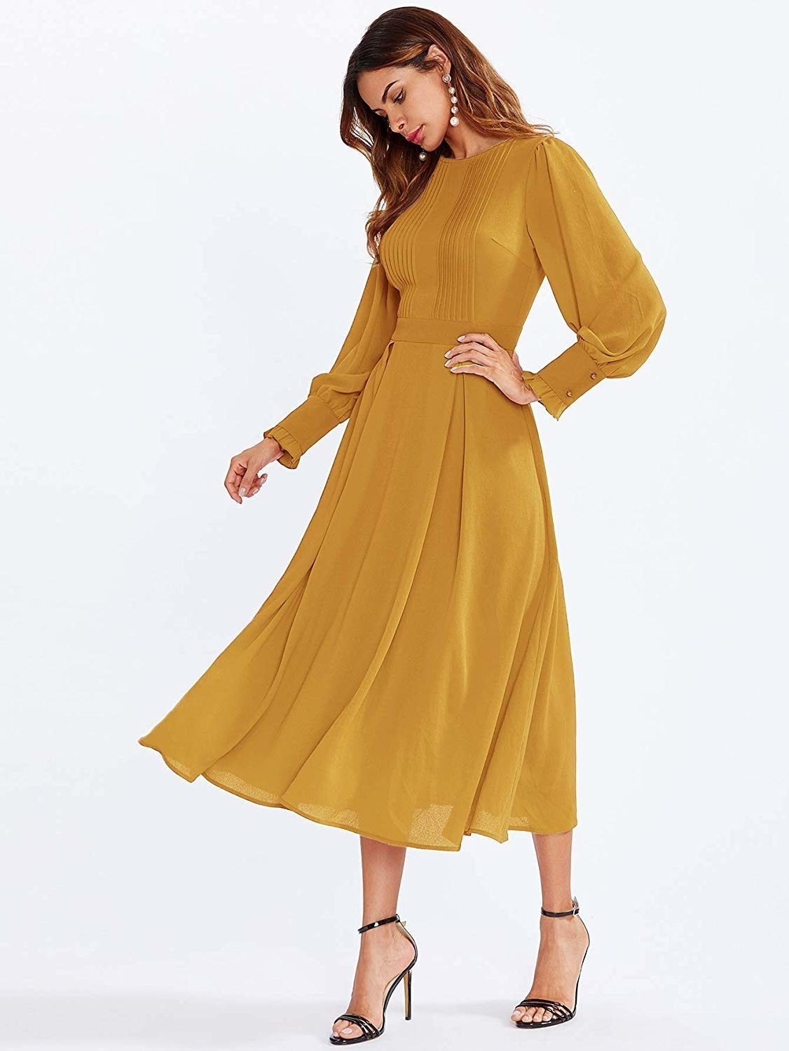 fc447bb1fb593 26 Gorgeous Dresses To Wear All Winter Long