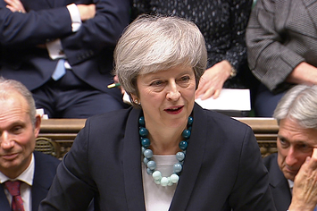 Theresa May Told Top EU Officials She Intended To Pull The Brexit Vote 24 Hours Before She Told Senior Cabinet Ministers