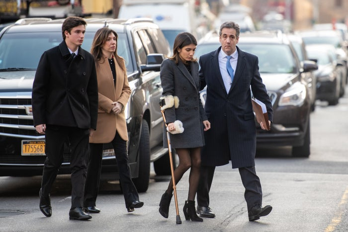 Michael Cohen arrives with his wife and children to Manhattan federal court.