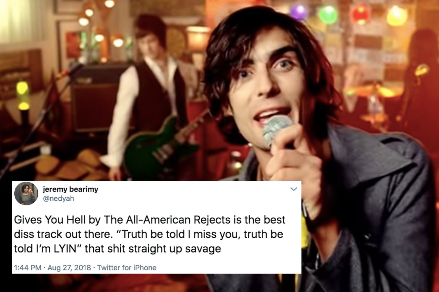 17 Jokes That Will Make Every Former Emo Kid Smile, But Only A Little Because You're Still Sad