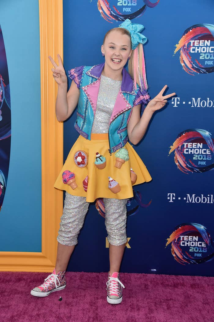 A Brief Explainer On Jojo Siwa For Everyone Who Keeps Hearing The
