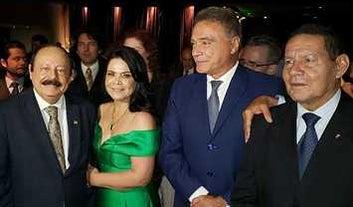 Mourão diz a Alvaro Dias que o quer como presidente do Senado ou líder do governo