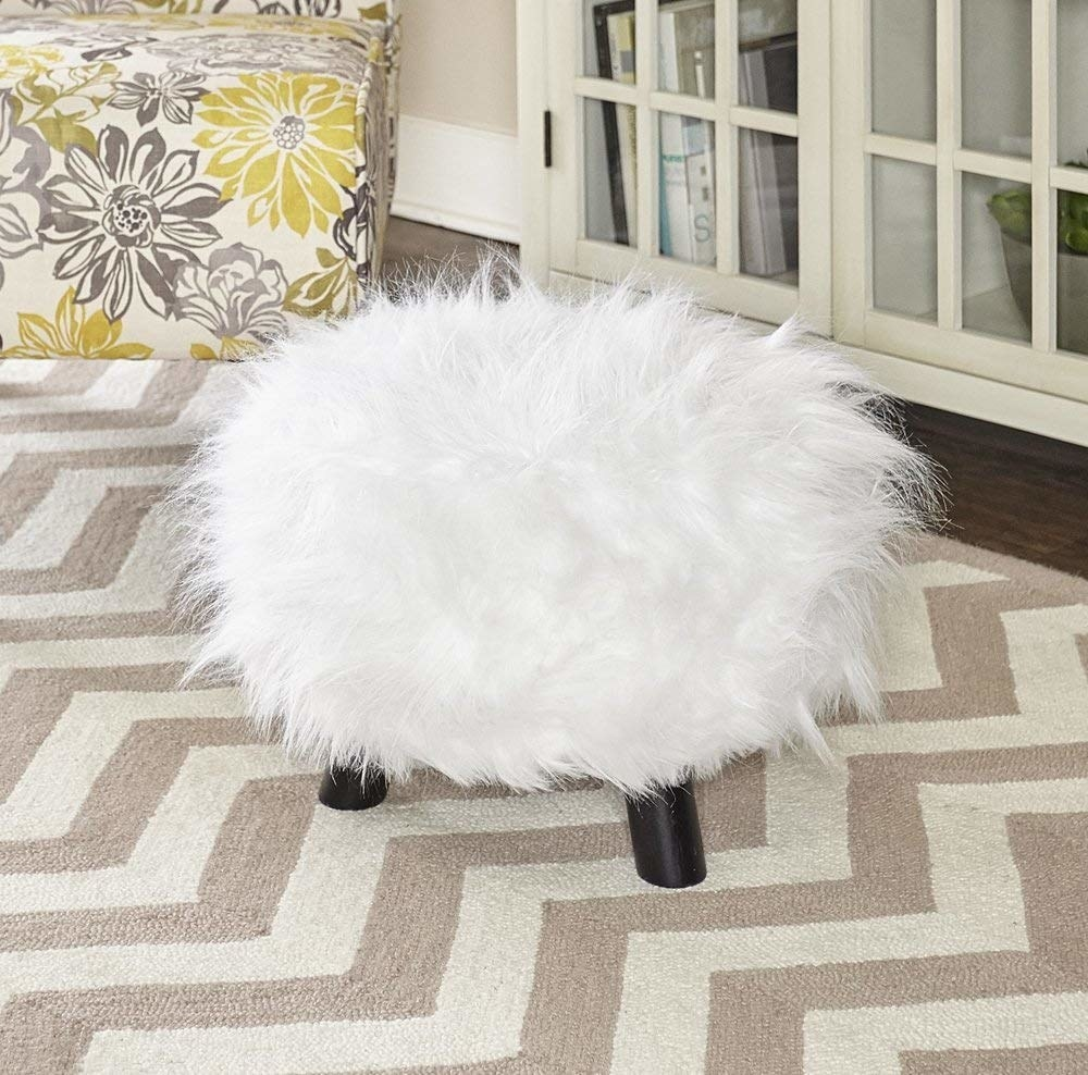 The footstool in white