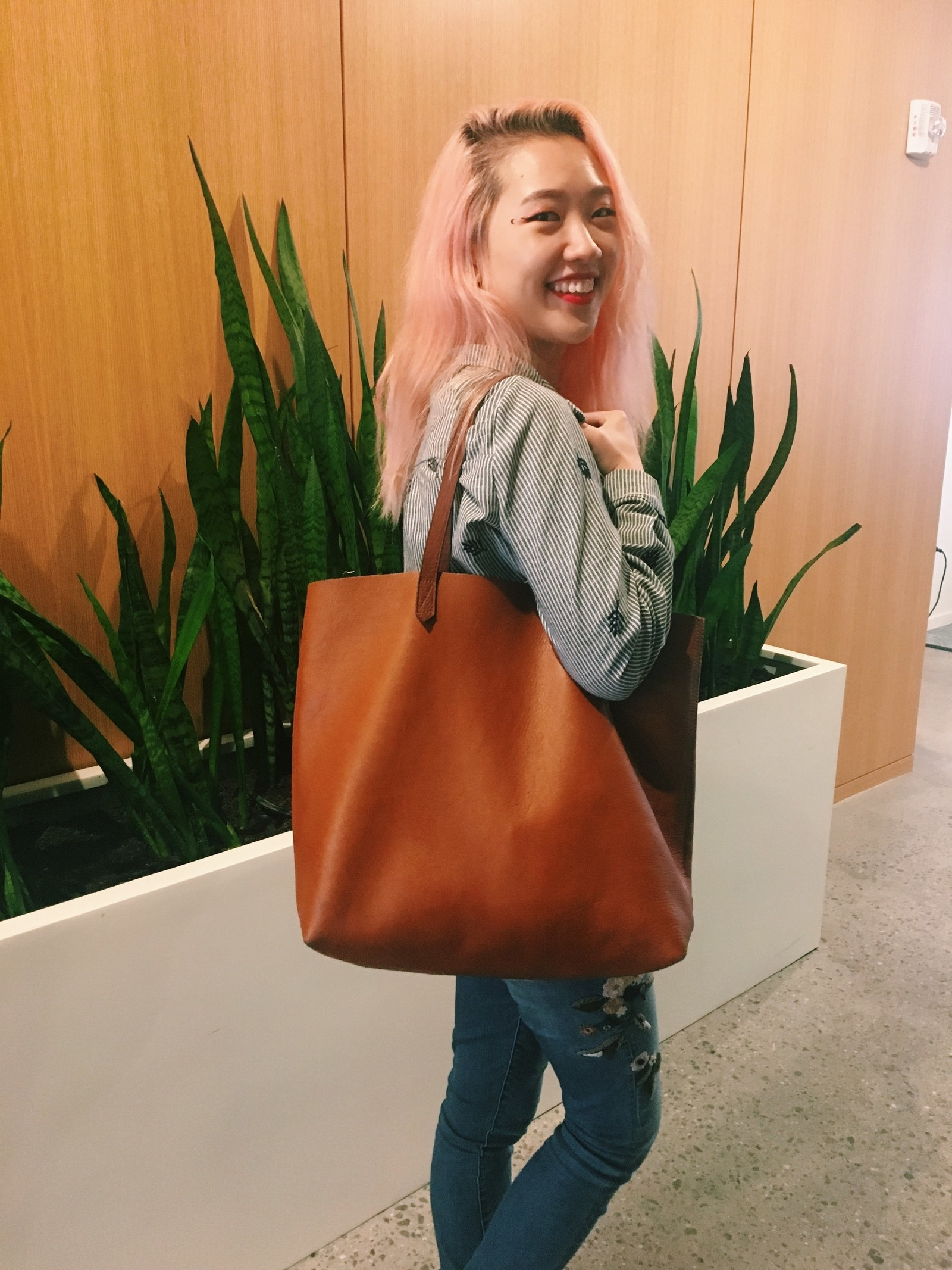 0da92eb746ad Madewell The Transport Tote is roomy enough to accommodate work laptop and  my miscellaneous hoarding tendencies