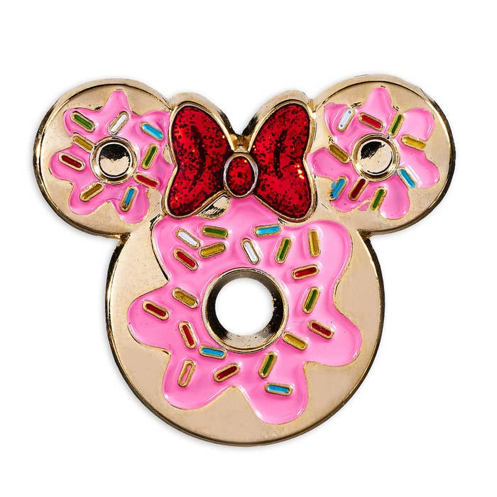 39 Must Have Accessories For Disney Fans