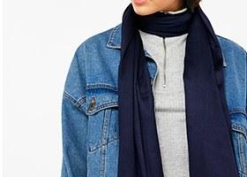 A skinny scarf