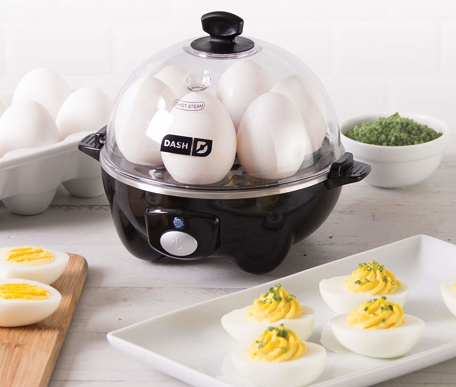 The egg cooker in black