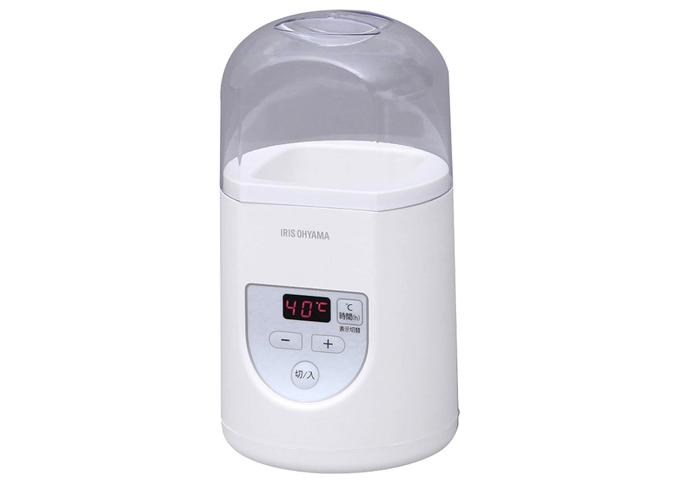 意外にもヨーグルトメーカーでした。1℃刻みで温度設定できて、牛乳パックをそのままセットできるタイプ。価格は2790円。