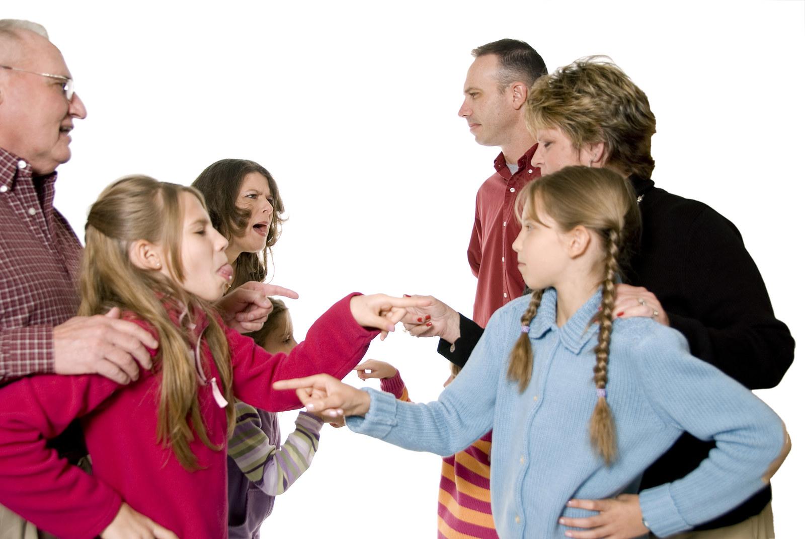 неуважение в семье картинки ожидает