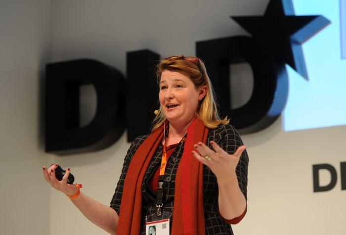 Tania Singer auf einer Konferenz in München.
