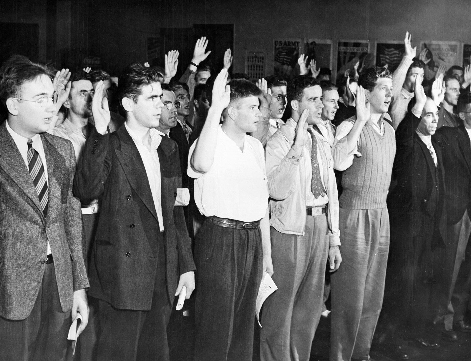 Swearing-in of US soldiers after the Japanese attack on Pearl Harbor, 1941.