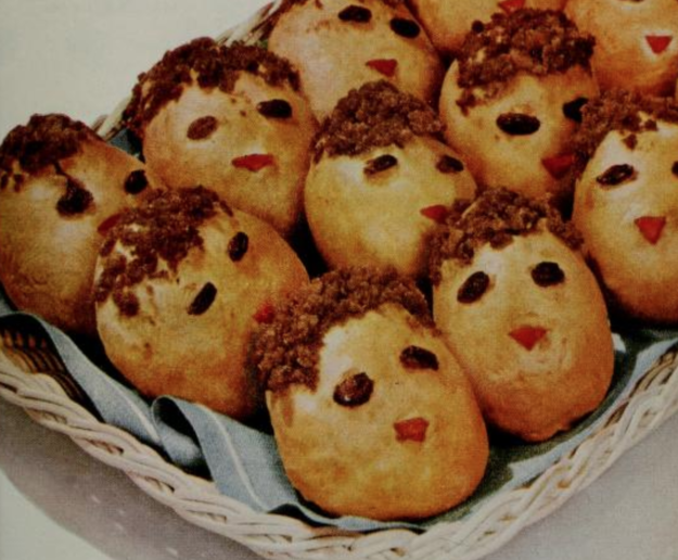 Guess The 1950s Recipe Based On These Horrifying Photos