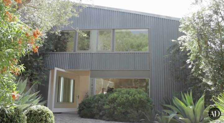 The  Grey's Anatomy  alum has a home in Malibu designed by Frank Gehry (the same architect who designed the Walt Disney Concert Hall and the Guggenheim).