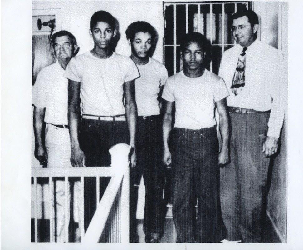 From left: Jailer Reuben Hatcher, Charles Greenlee, Samuel Shepherd, Walter Irvin, and Sheriff McCall.