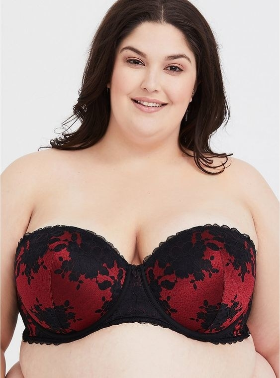 f350baf2d8d A lace push-up bra that s absolutely perfect for Valentine s Day