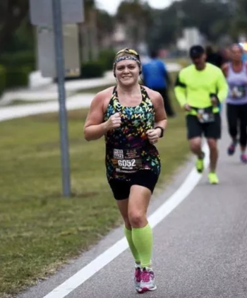 Reviewer wearing the same tank while running
