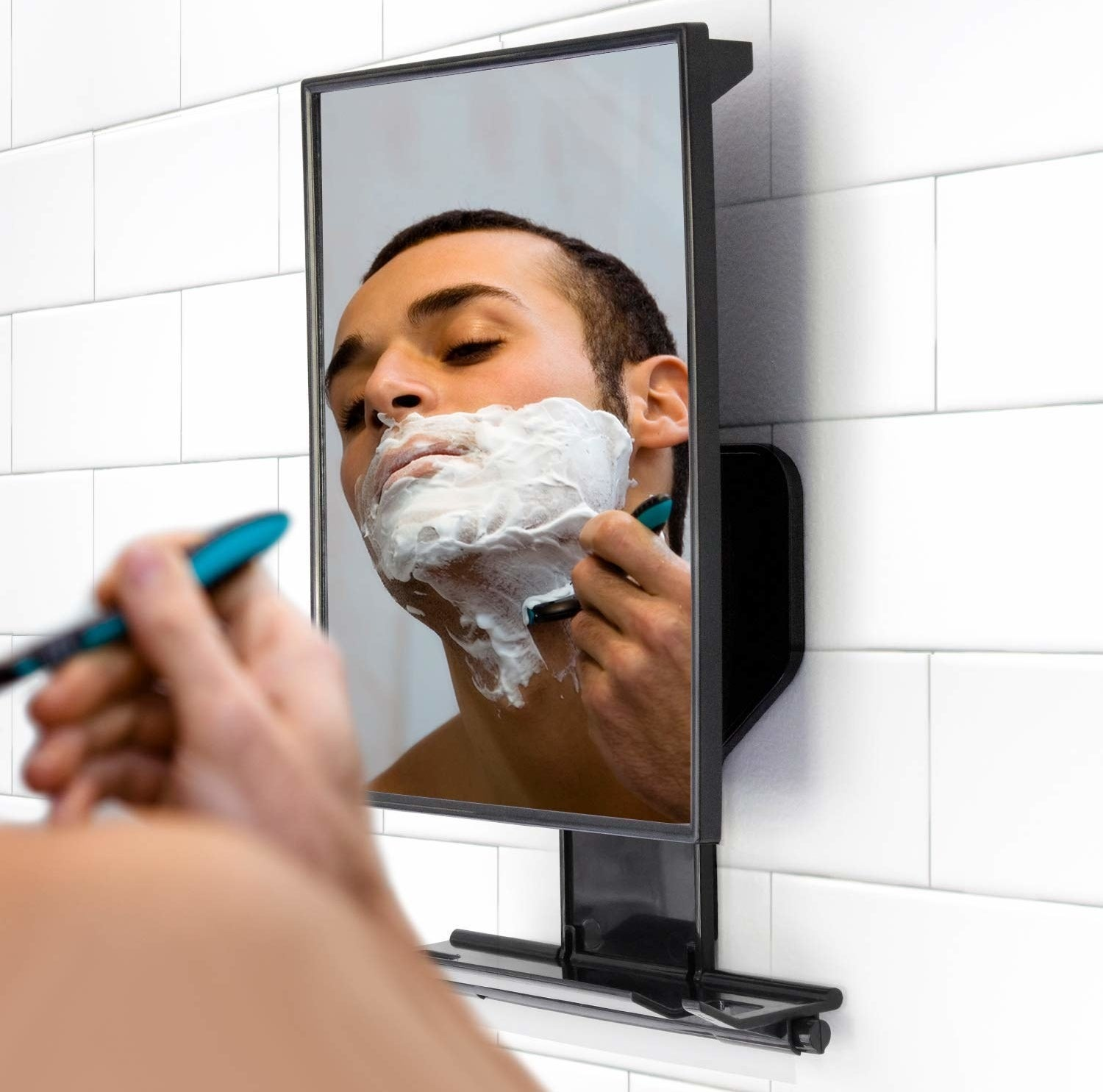 model shaving in mirror