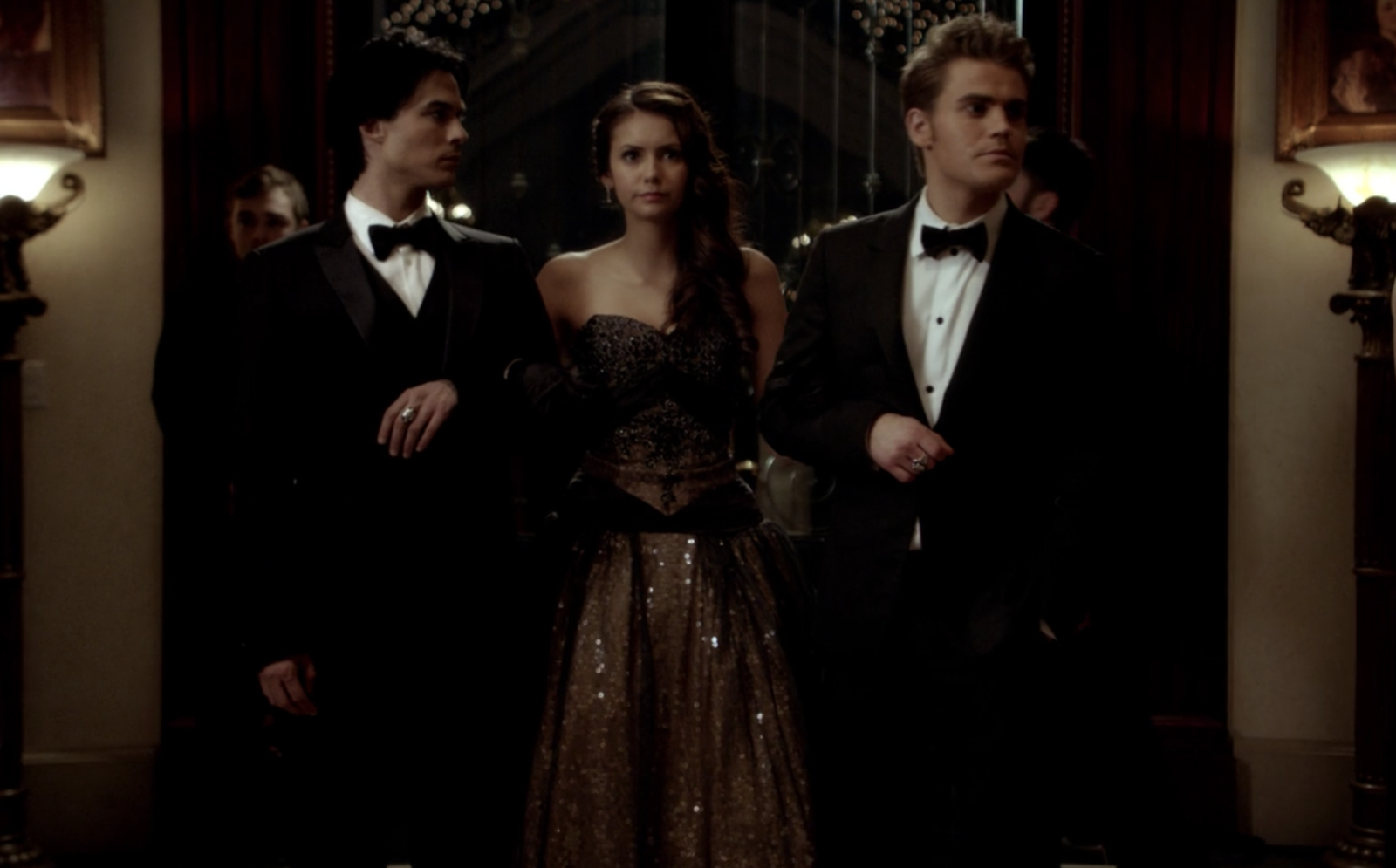 The original ending for  The Vampire Diaries  would've  featured Damon and Stefan both dying to save Elena  — the brothers would then have watched Elena live a full life. -  Creators Julie Plec and Kevin Williamson  came up with the original ending during Season 2 , but since the show went on for many more seasons, the original ending was changed.