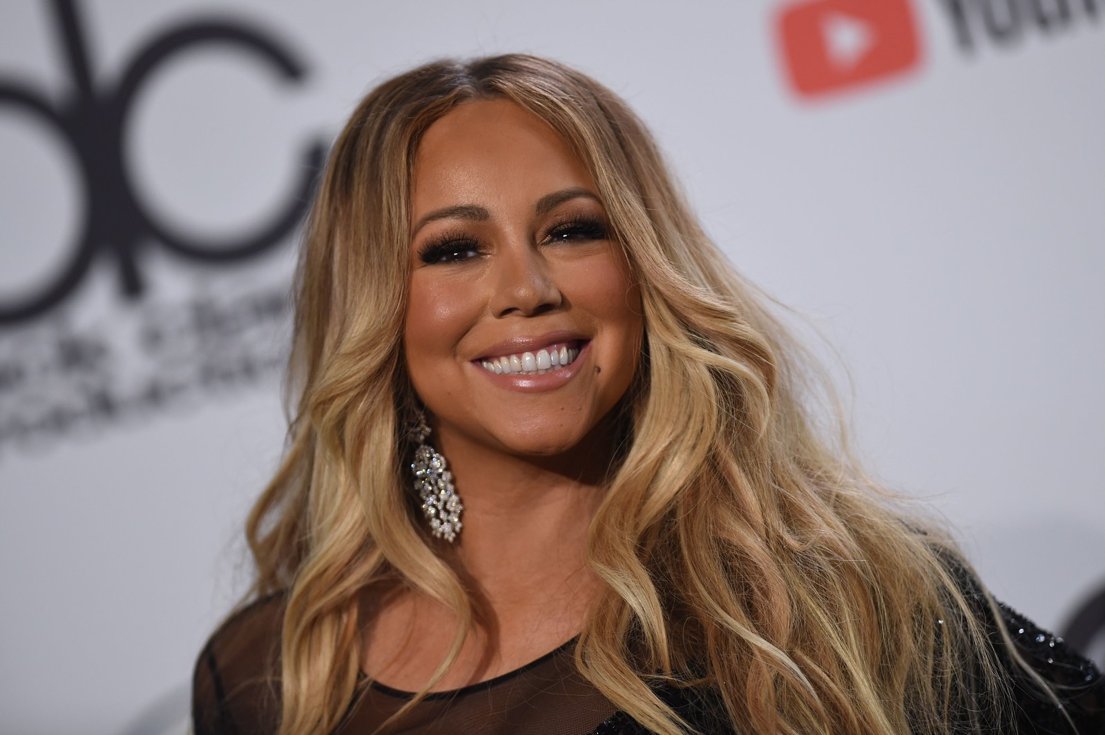 Mariah Carey Alleges Her Personal Assistant Secretly Filmed Her And Then Threatened To Sell The Footage
