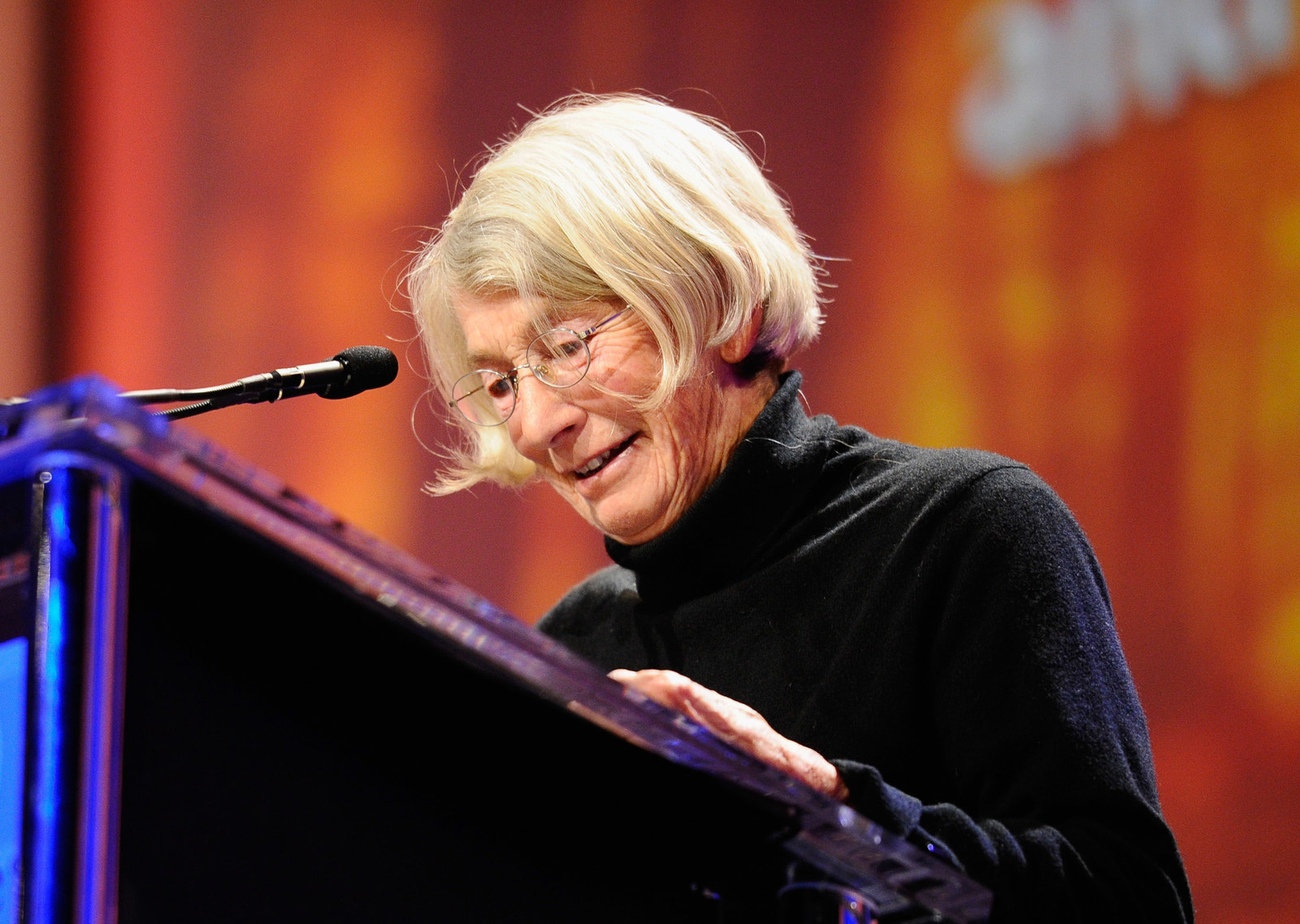 15 Beautiful Lines Written By Mary Oliver