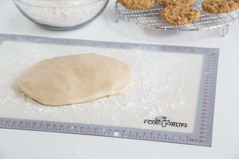 Dough on the baking mat