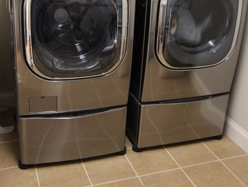 26 Laundry Products You Can Get On Amazon That People