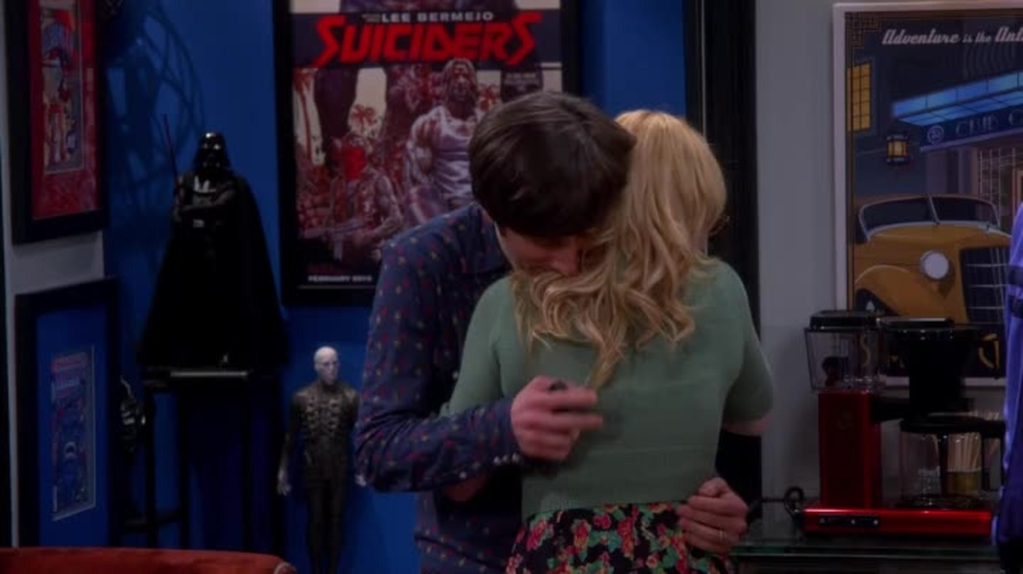 In  The Big Bang Theory , when Howard finds out his mother died. -  The actress herself died, so it hit a lot harder watching the actors knowing it's a loss they actually endured.