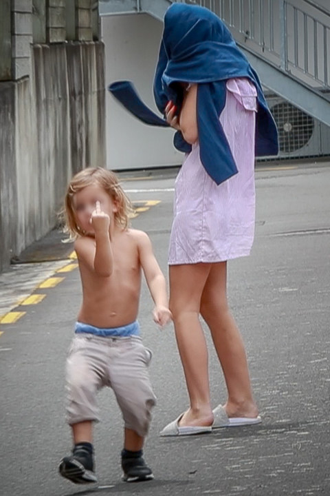 今ニュージーランドで銃乱射犯よりも憎まれている、ニュージーランド社会最大の敵と呼ばれる一家がこちら  [384533192]->画像>9枚