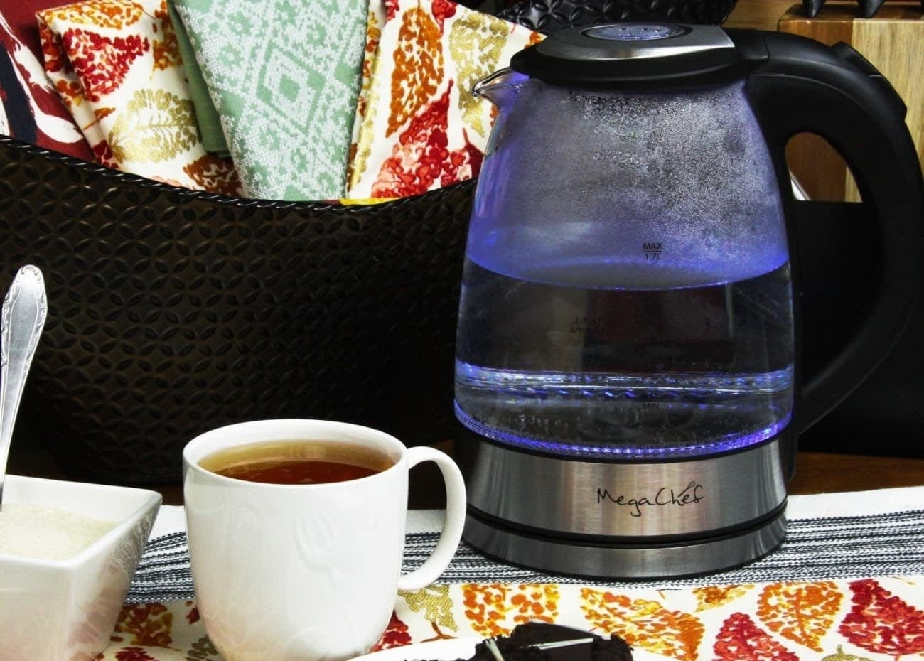 The kettle's capacity is 1.8 L. It's made with a high-borosilicate glass body, which is durable and stain-resistant. It has an auto-turnoff feature, a bright LED light, an automatic one-button cover starter, cord-free serving, a drip-free spout, and automatically turns off when water is boiling.Get it from Walmart or Jet for $19.99.