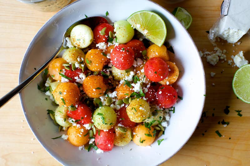Yes, you heard us. Chili. Lime. Salad. This fruity, spicy, Mexican-inspired salad only requires 15 minutes and five ingredients (plus a couple of spices) to put together. Here's the recipe for ya.