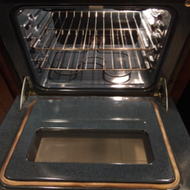 Reviewer's after picture of clean oven