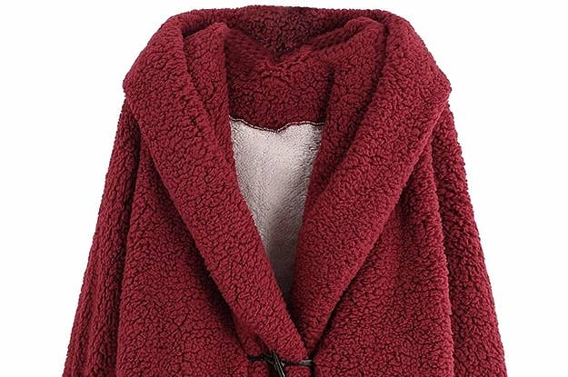 34 Must-Have Cozy Sweatshirts