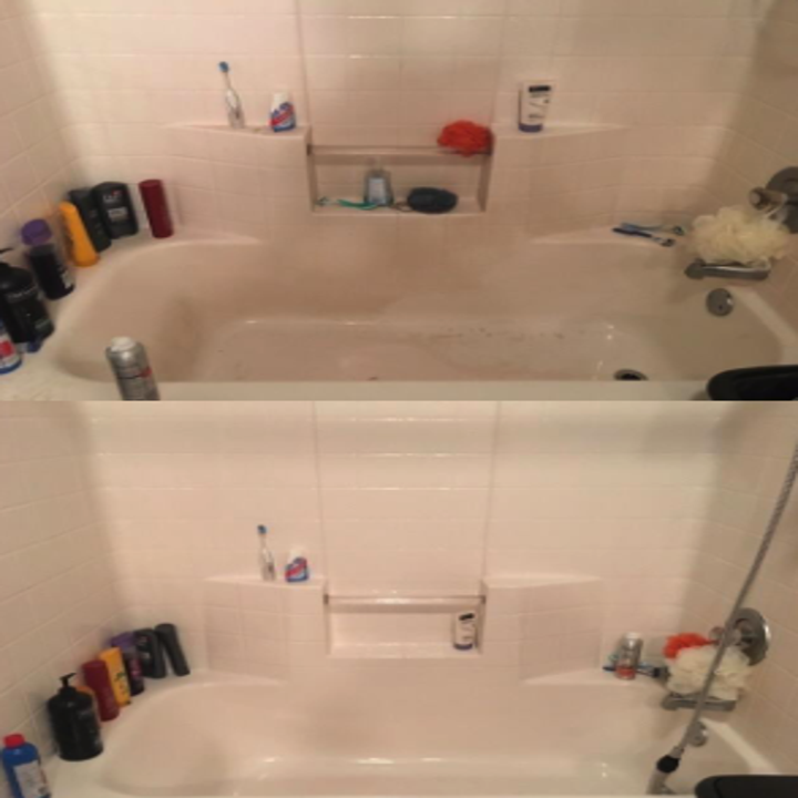 a reviewer's before and after photos of their tub being cleaned by the magic eraser
