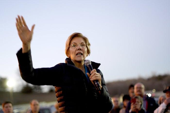Elizabeth Warren in Council Bluffs, Iowa, on Friday evening.
