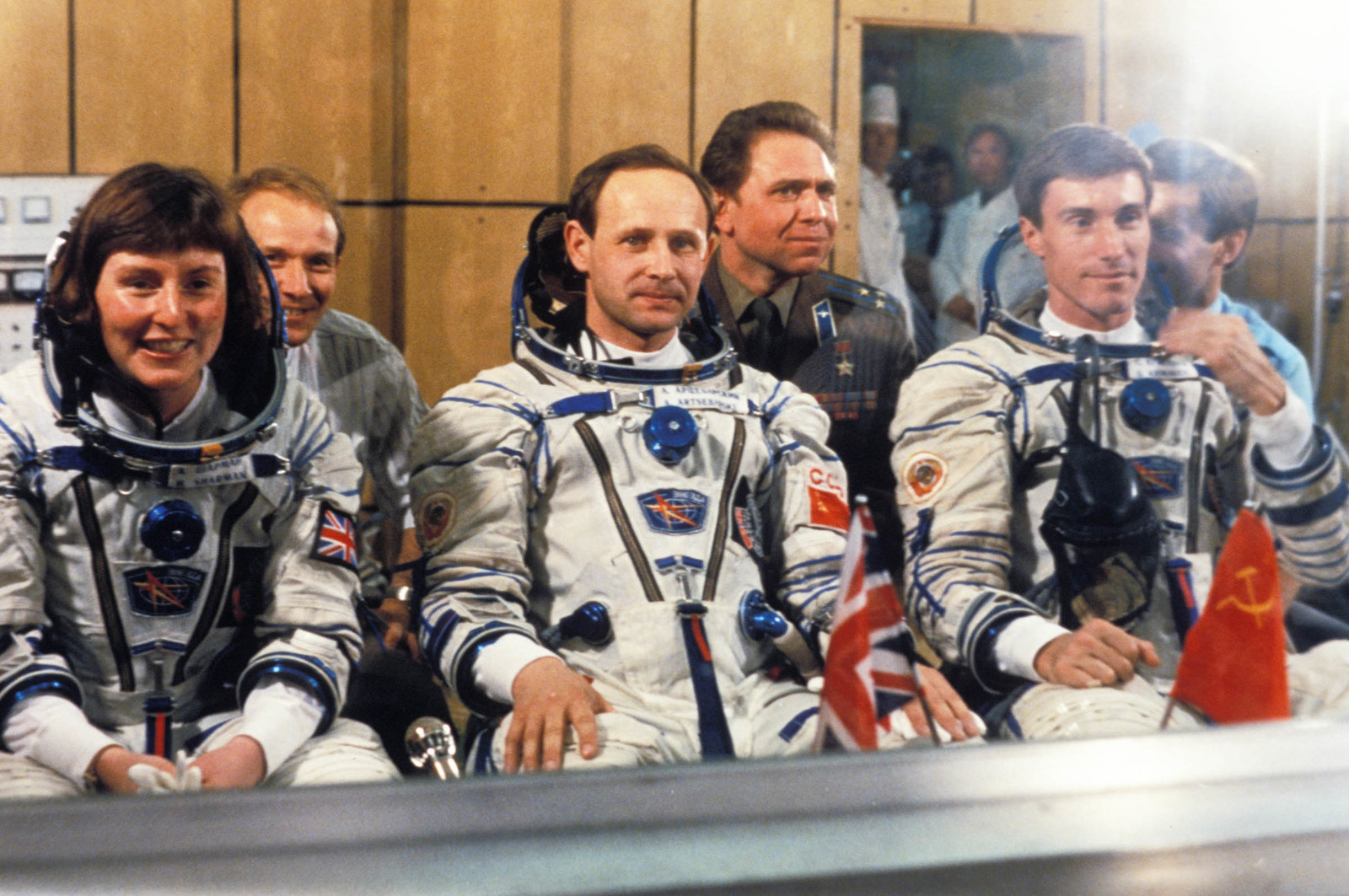 1991 Soyuz TM-12 cosmonauts Helen Sharman, Anatoly Artsebarsky, and Sergei Krikalev prior to launch. Sharman was the first British person to go to space.
