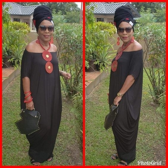 Reviewer wearing the dress in black