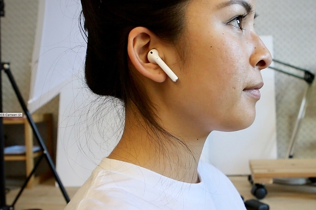 0ea50253e12 I Wore Apple AirPods For A Month Without Losing Them