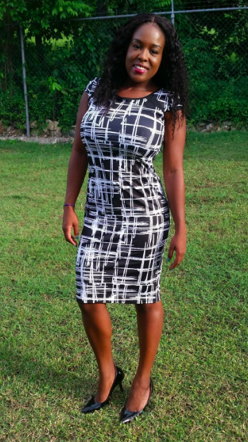 e1e7d0d90115 A printed midi dress in ~18~ patterns so you can cheaply stock up on a slew  of chic and professional go-tos. Heck, get one for Monday through Friday  (but ...