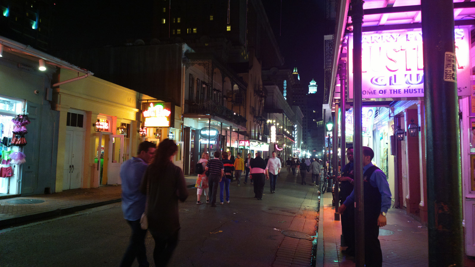 """""""It stinks, drinks are overpriced, and I've gotten my wallet stolen twice when out. I tell tourists if they want to go see it to go during the day. Go to Frenchman Street instead for live music.""""—jennag44eecd2c2"""