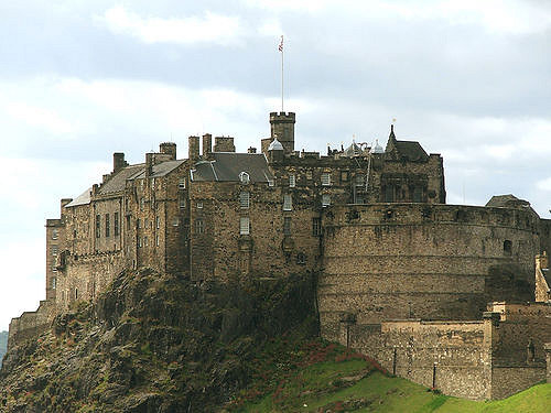 """""""Awesome to look at but you can see it from pretty much the entire centre. It's so pricey and unless you're a history fan it's pretty lame when you get in and you're told what to do. Get a ten-minute bus to Craiglockhart Castle castle and for £5 you can run around the castle and it's great fun.""""—samk4bddc8d02"""