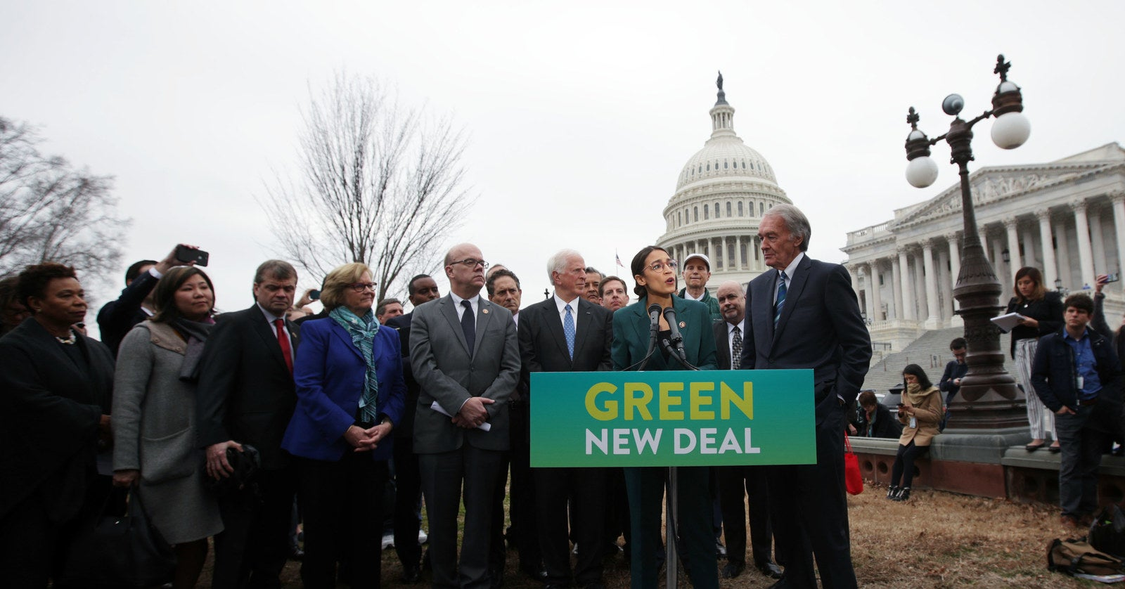 """Republicans Plan To """"Wage War"""" Against The Green New Deal For The 2020 Elections"""