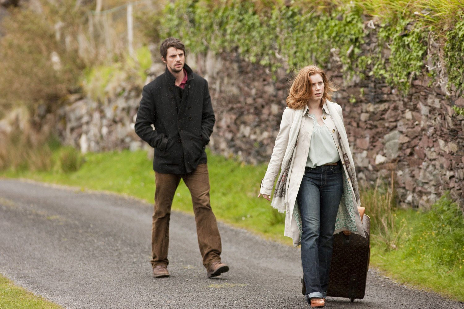 Leap Year  - The premise:  Anna lives in Ireland, has a good life with her boyfriend Jeremy, and is dying to get married. Because things are going nowhere, she decides to take the initiative and ask him to get married.