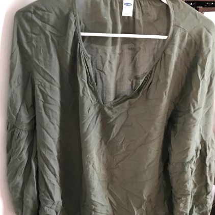 reviewer image of a wrinkly shirt